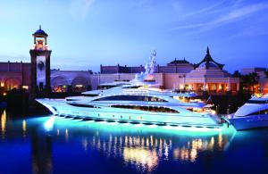 Luxury Yacht Charters on Diamonds Are Forever